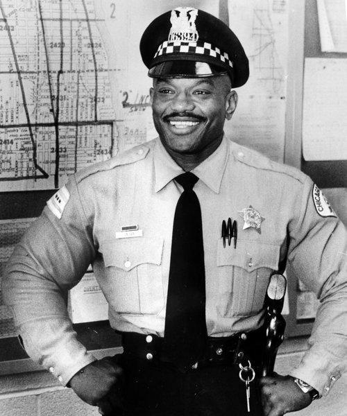 Old School Photo: Chicago Cop, Bodybuilder Sergio Oliva