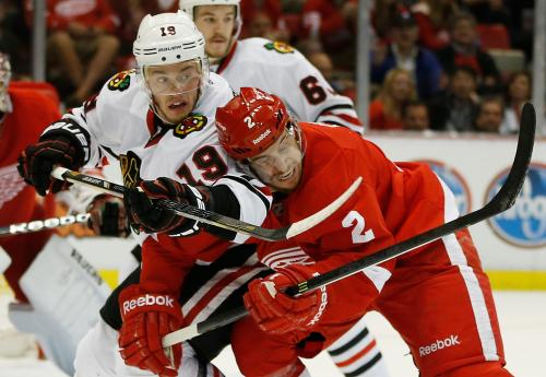 Red Wings Hammer Blackhawks 2-0, Take 3-1 Series Lead