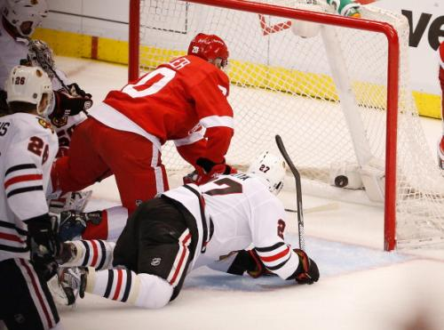 Schuster: Adversity Suddenly Haunts Blackhawks